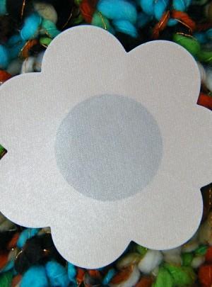Copricapezzoli fiore bianco